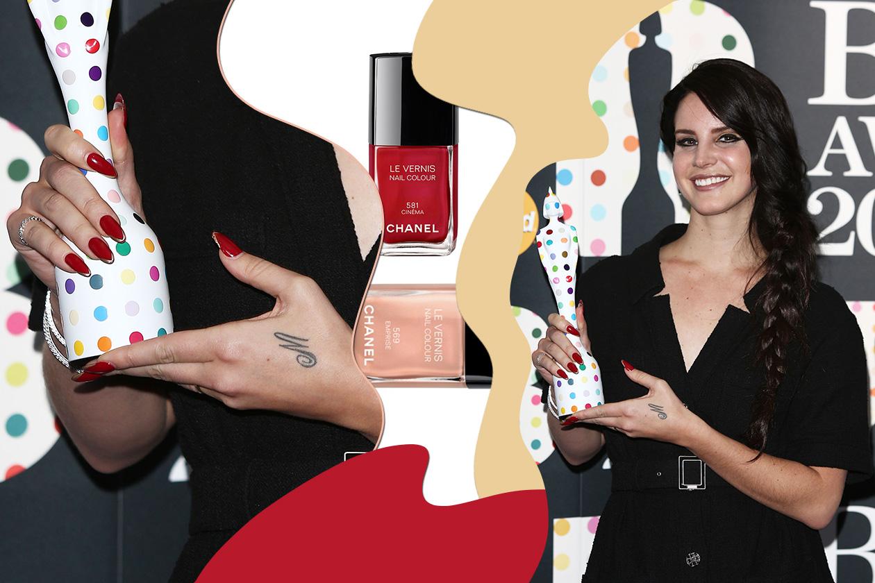Lana Del Rey colora l'estremità con una nuance più chiara (Chanel)