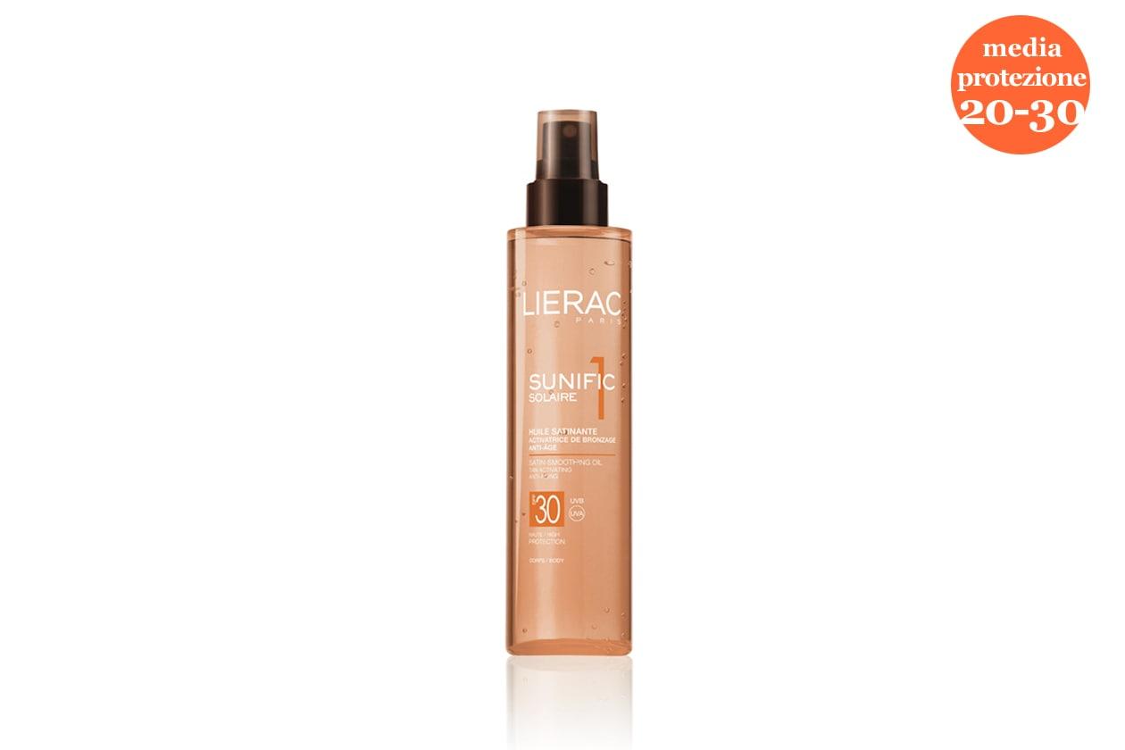 Sublimante ideale per la pelle chiara o a inizio vacanza l'Olio satinante SPF 30 di Lierac