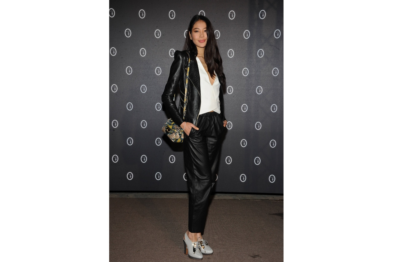 Zilin Luo, Miss Universo Cina 2011, in total look Trussardi con mini Lucinda special edition