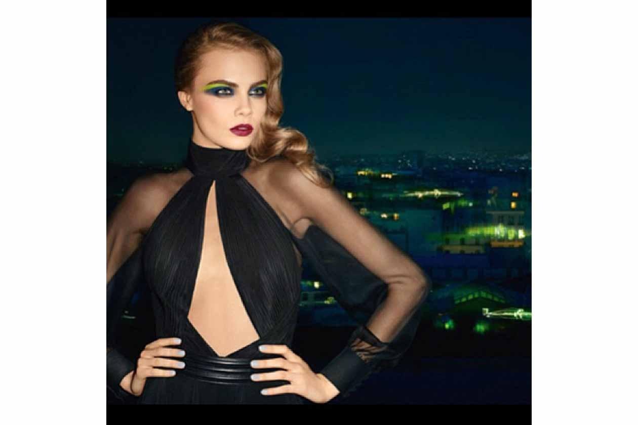E a Cara per riprendere fiato prima dell'inizio delle settimane per la moda in giro per il mondo tra New York, Londra, Milano e Parigi