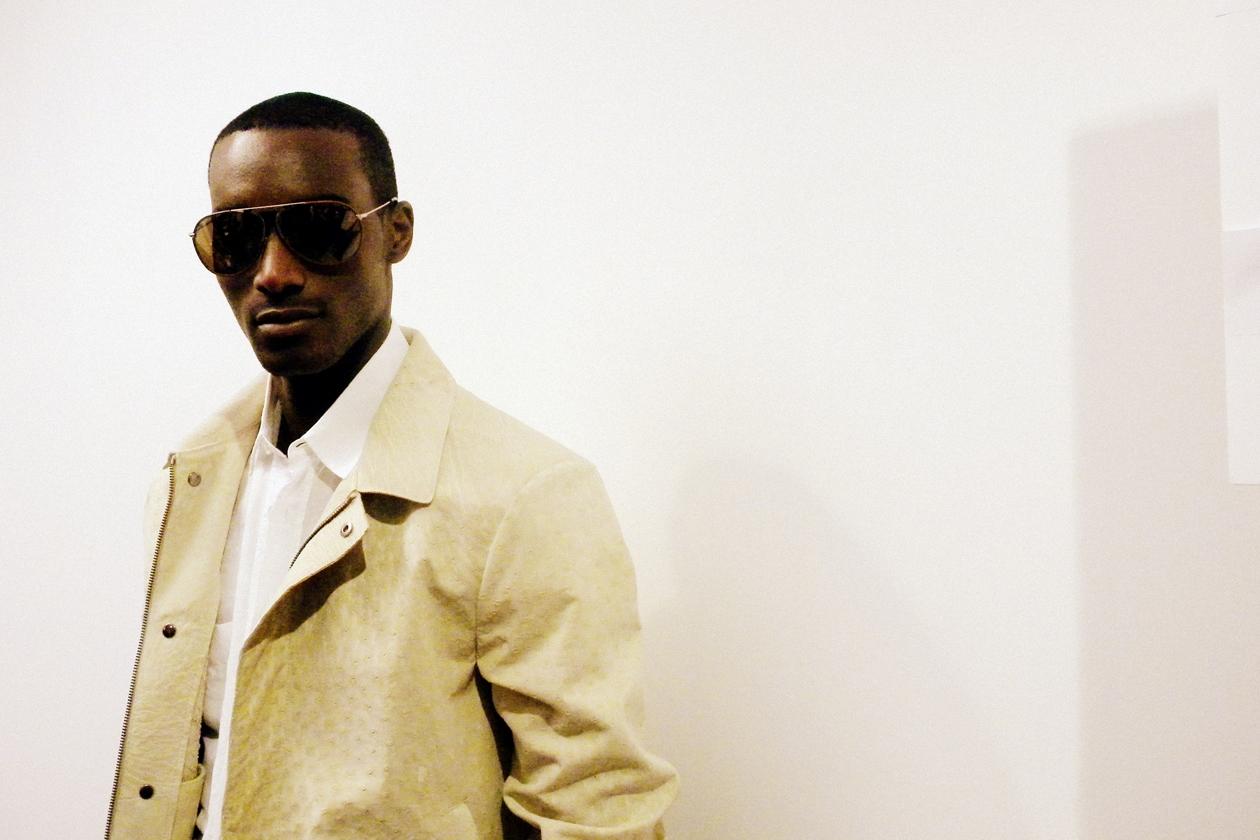 White&beige per Corey Baptiste