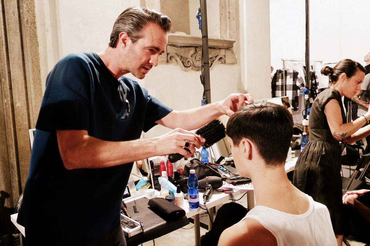 Matt Mulhall ha curato l'hair look dei modelli