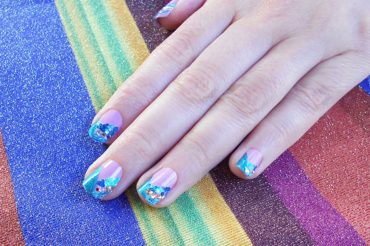 10 ShimmeringSummer nailart