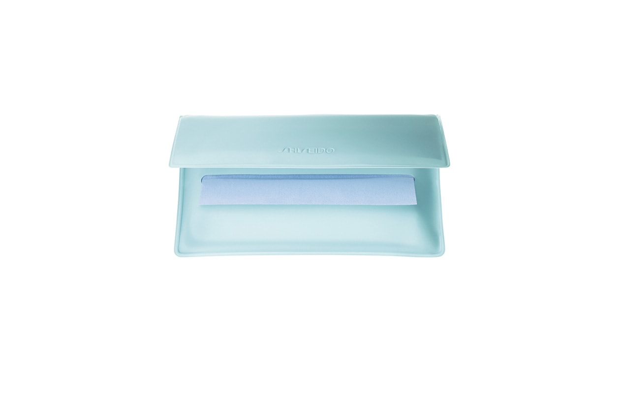 Beauty Make up in città shiseido pureness oil control blotting paper