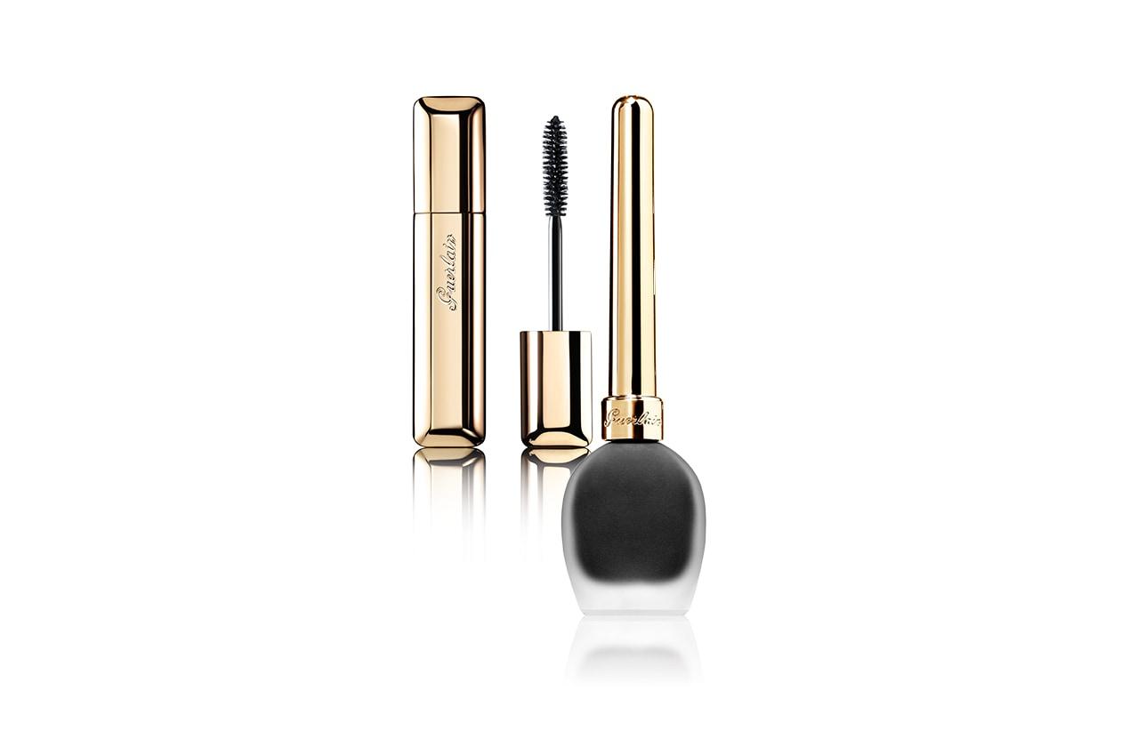 Beauty Mila Kunis Eyeliner e mascara