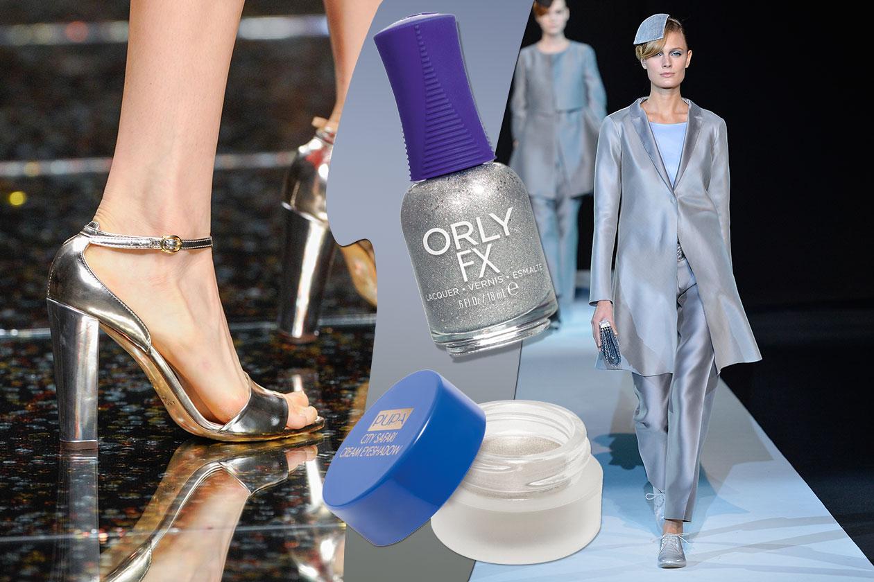 L'ARGENTO AI PIEDI: al sandalo Anteprima abbiniamo lo smalto Silver Pixel di Orly (il vestito è Giorgio Armani). Ombretto by Pupa
