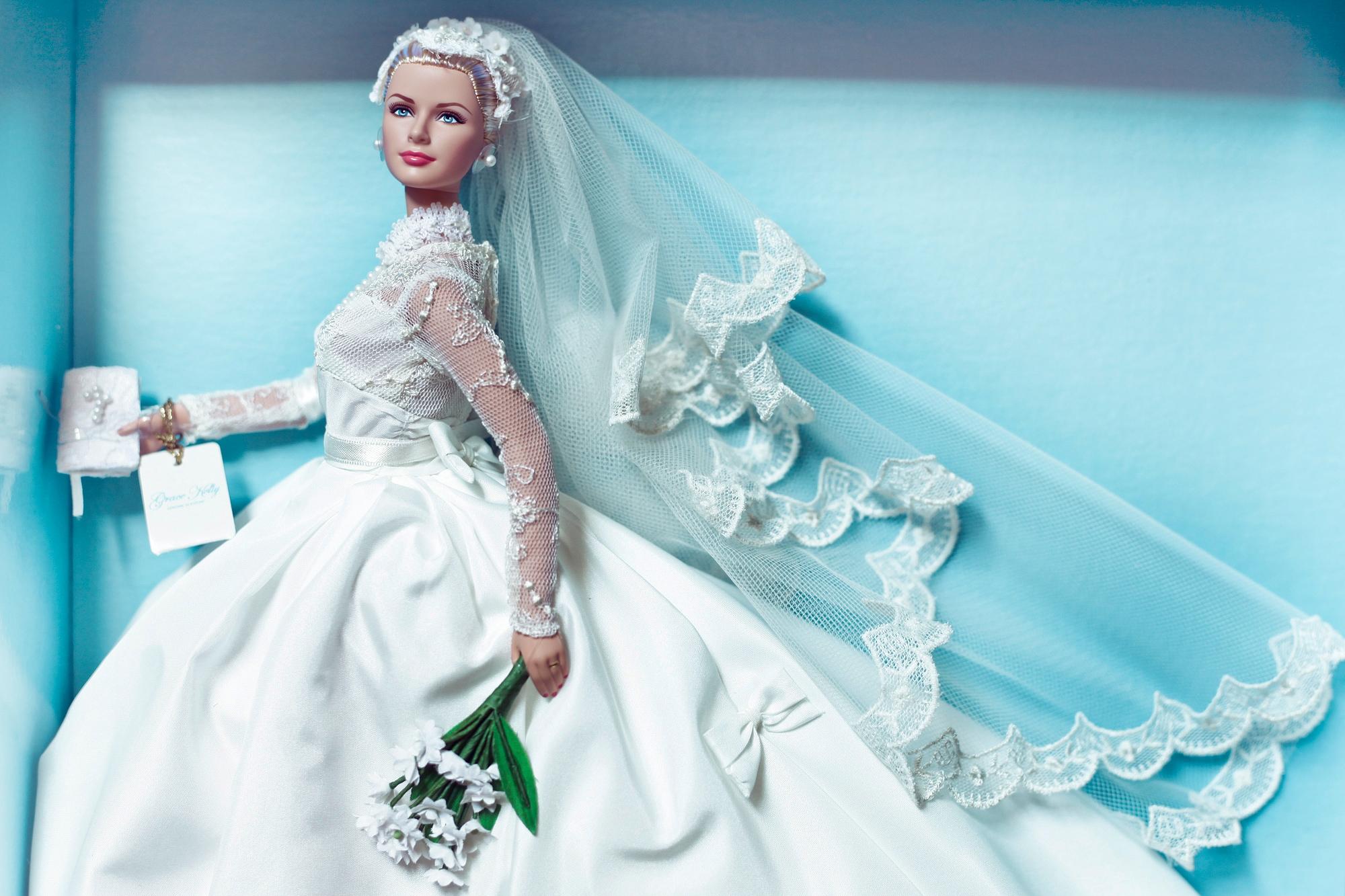 Barbie Grace Kelly sposa