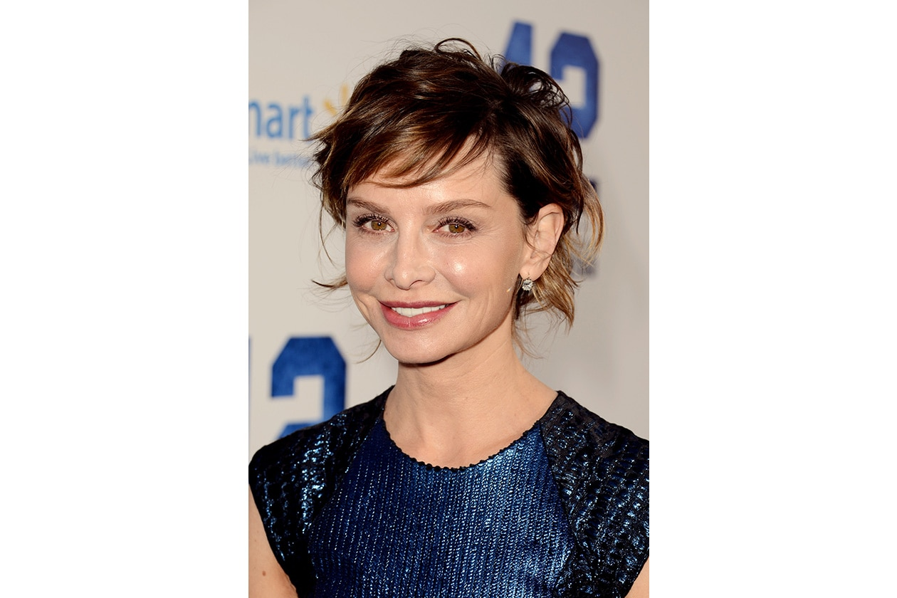 Per dare un po' di movimento ispiratevi al look di Calista Flockhart