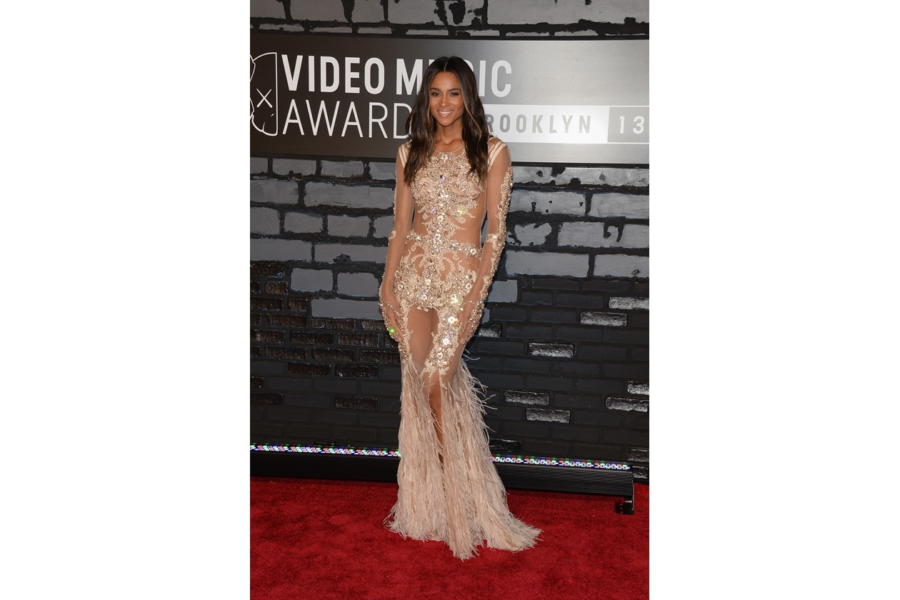 Ciara   Givenchy Couture dress