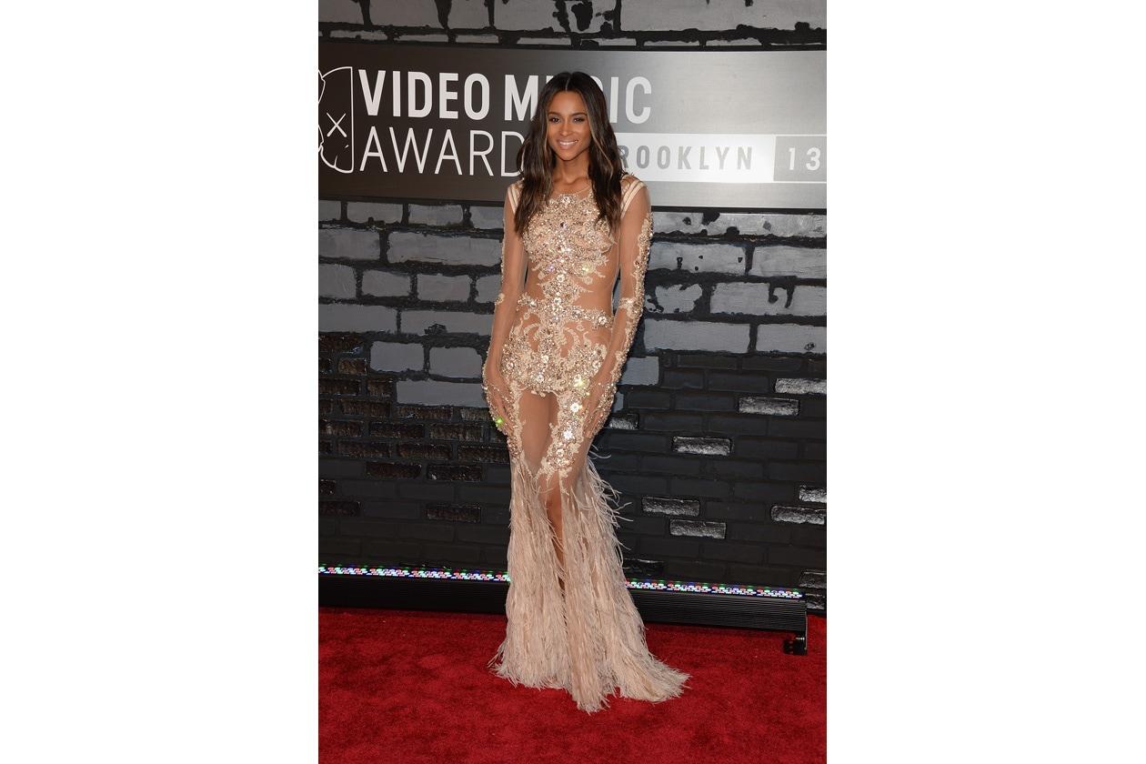 Ciara   Givenchy Couture dress