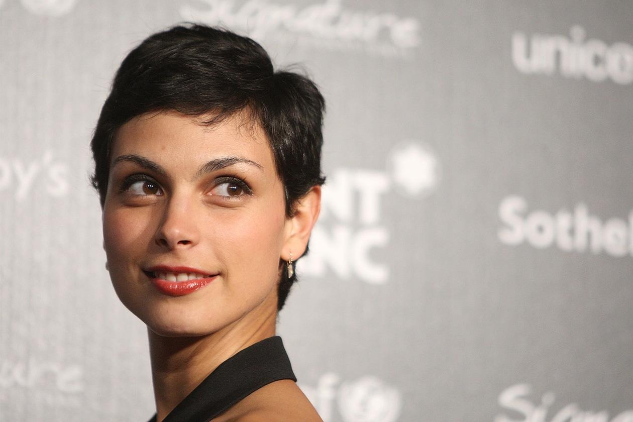 Il capello corto valorizza i lineamenti del viso (2009)