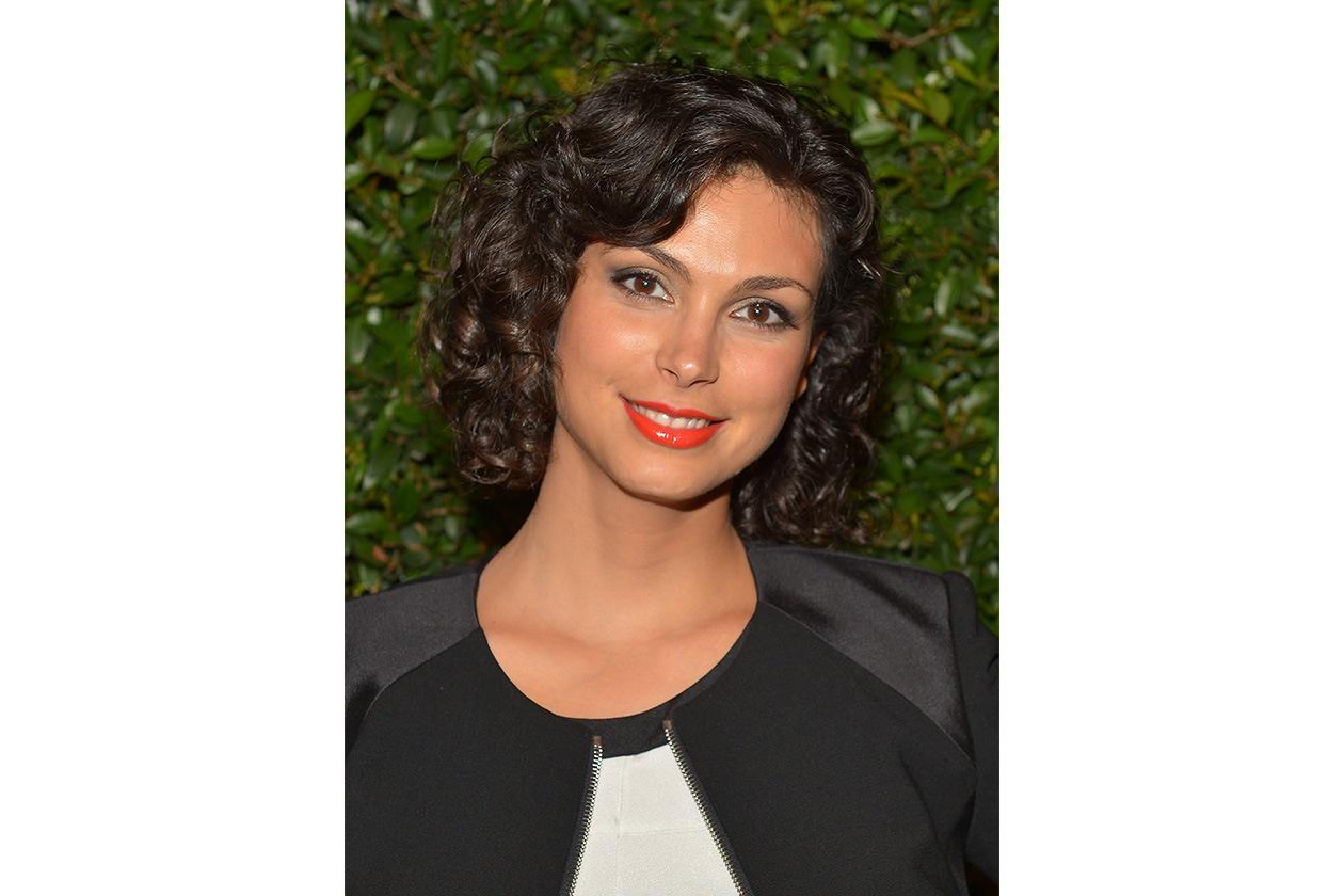 Morena loves curly (2013)