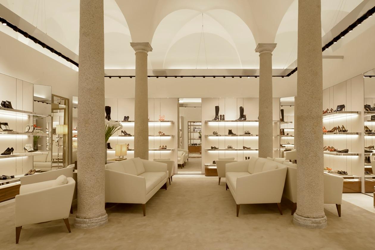 Salvatore Ferragamo Boutique Donna Milano (2)