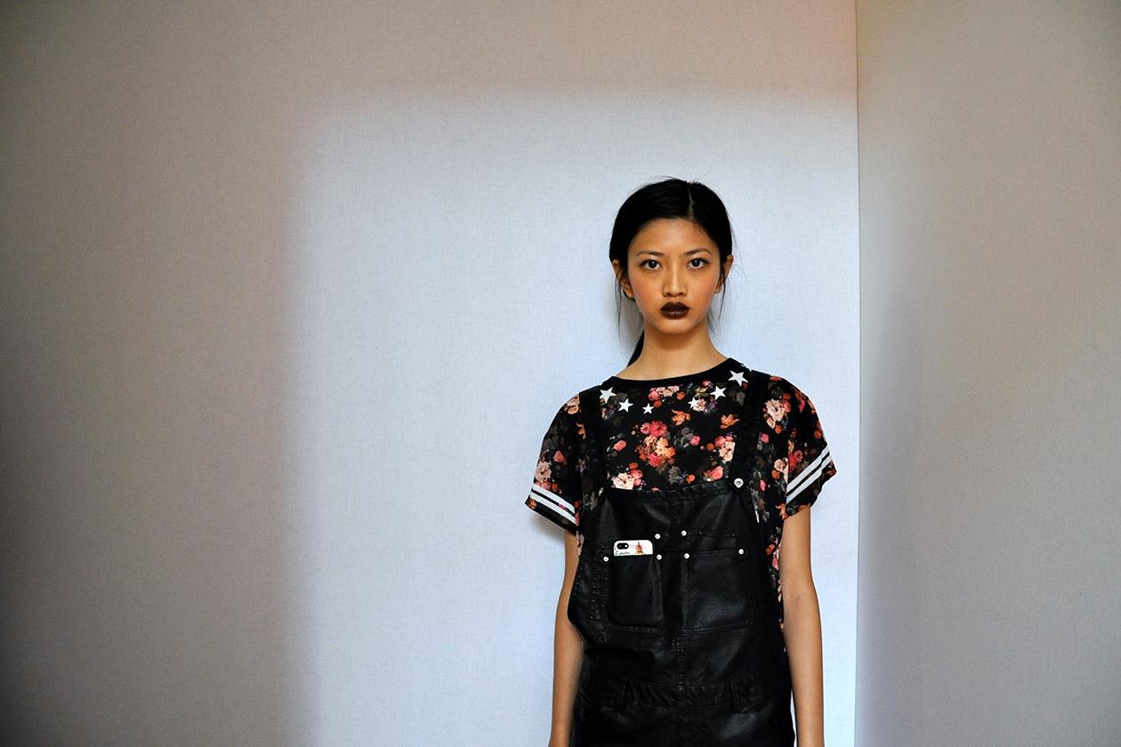 Wu i-hua indossa un rossetto marrone: è il Paramount di MAC