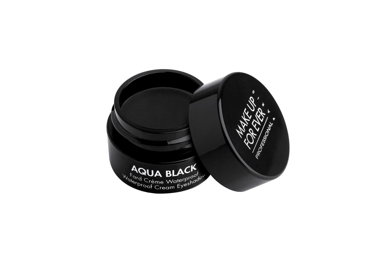 AQUA BLACK MUFE