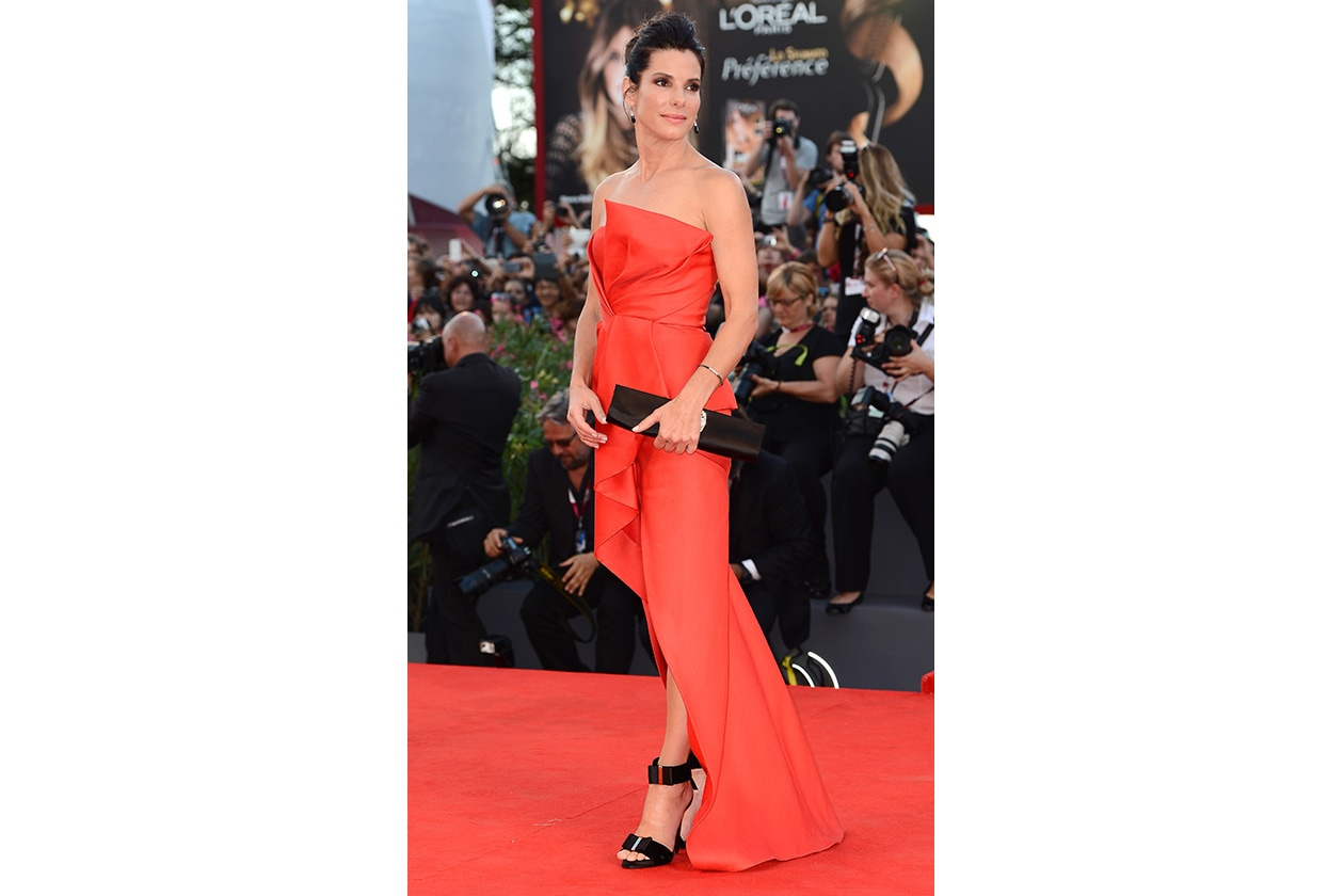 Fashion Style icon Sandra Bullock 178275391 10