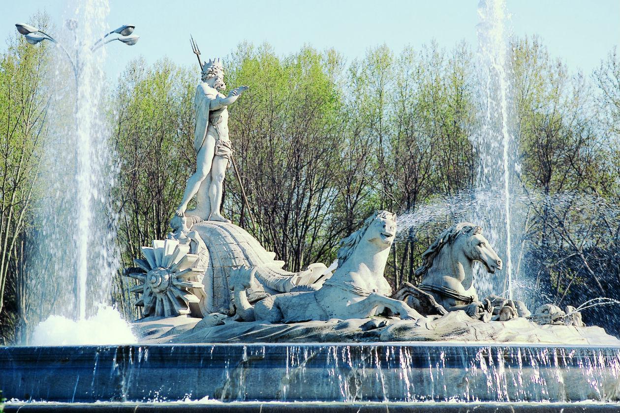 Fuente de Neptuno (c) Turespa+¦a