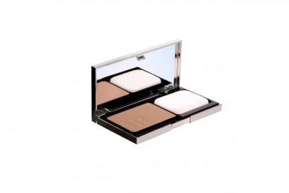 Il Prodigy Compact Foundation di Helena Rubinstein protegge la pelle con un SPF 35