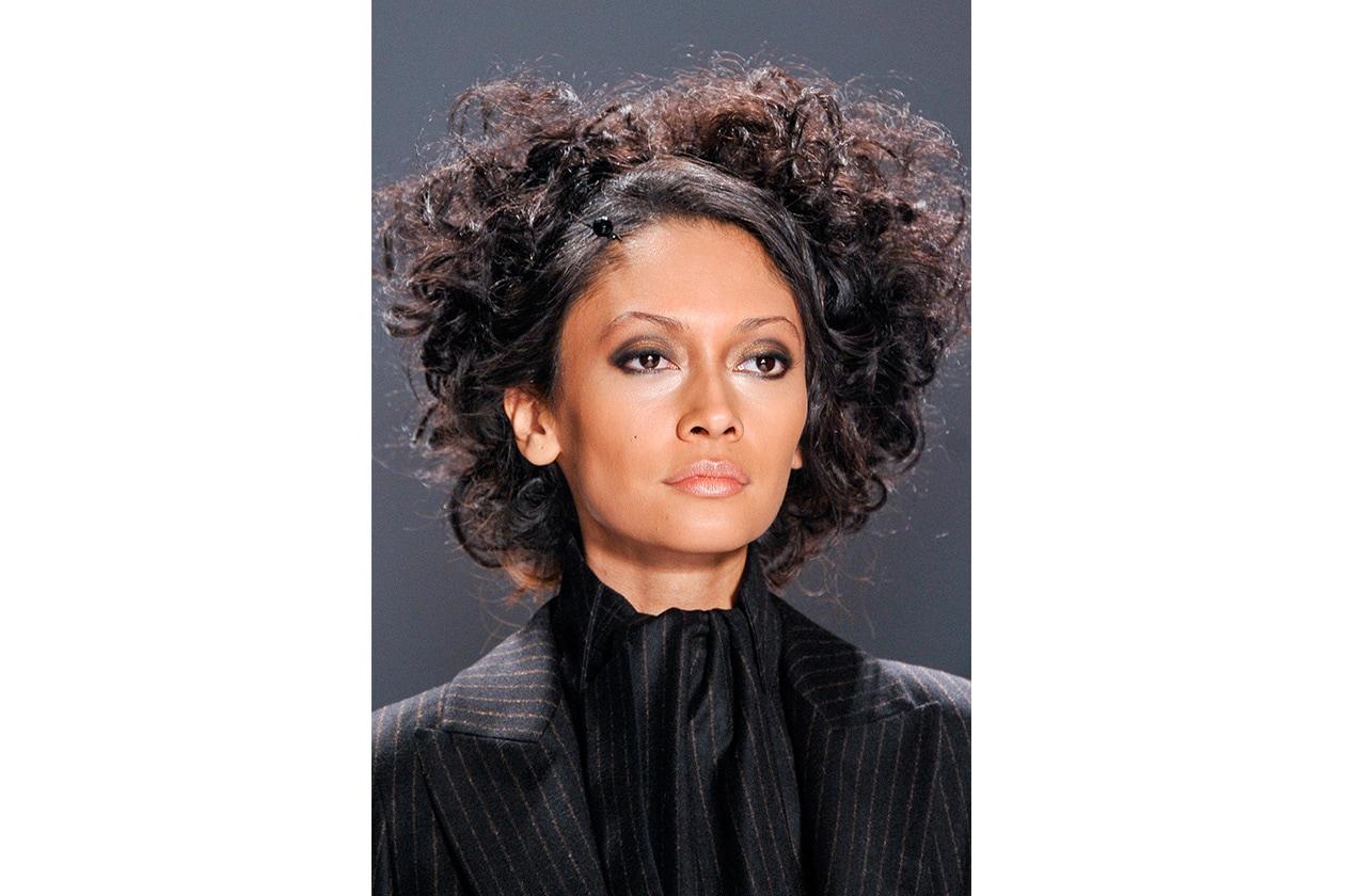 L'ELEGANZA DEL RICCIO: i capelli prendono il massimo volume (Zang Toi)