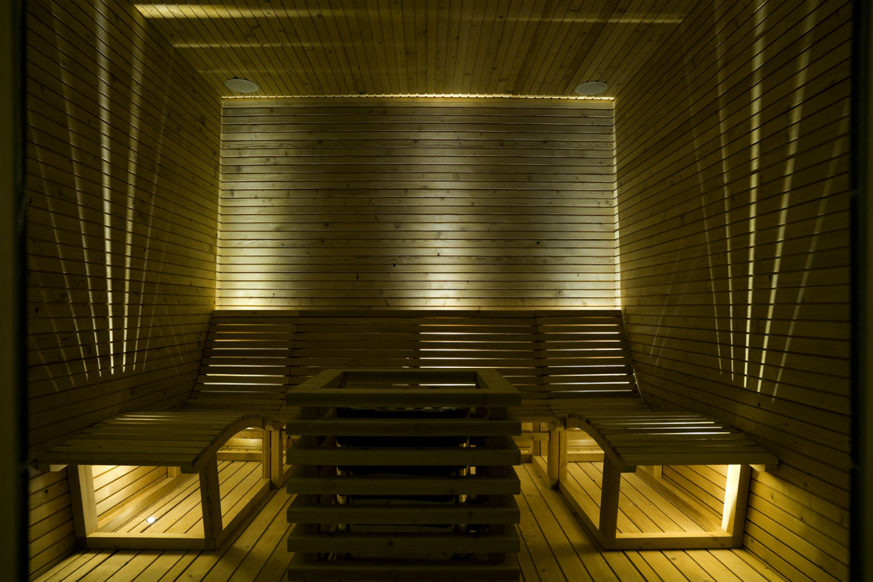 L'area sauna della medical spa Renaissance Luxury