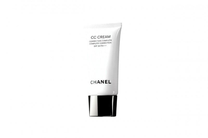 La CC CREAM di Chanel stimola la produzione di collagene per prevenire la comparsa dei segni dell'età