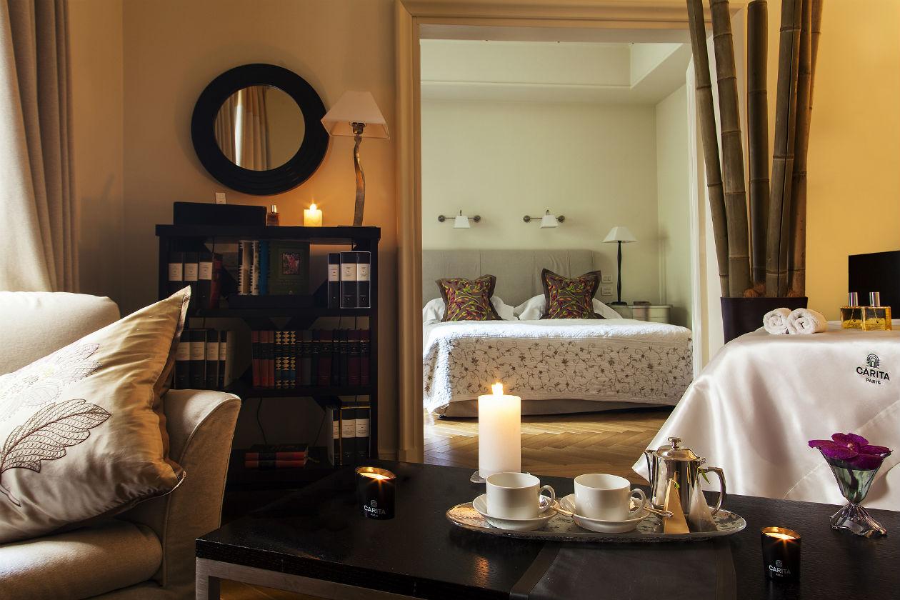 Le Carita spa Suite sono provviste di bagno turco privato, aromaterapia e cromoterapia