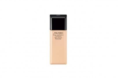 Naturalizza le discromie lo Sheer and Perfect Foundation di Shiseido