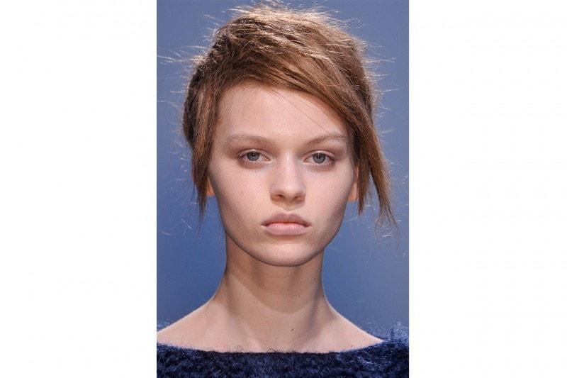 Véronique Leroy propone un taglio multisfaccettato, consigliato soltanto se i capelli non sono particolarmente sottili