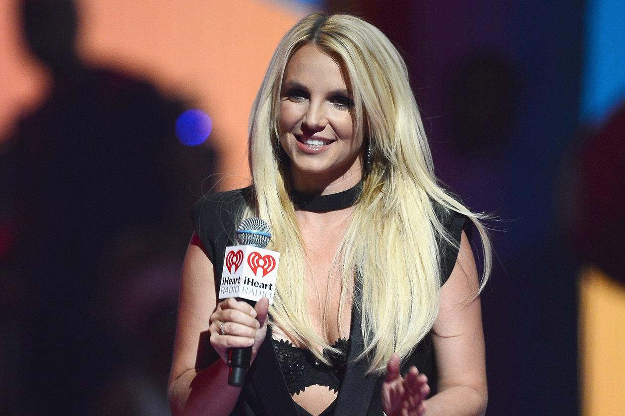 Britney Spears si è ricoverata spontaneamente nel 2007 per superare i suoi problemi con alcool e droga
