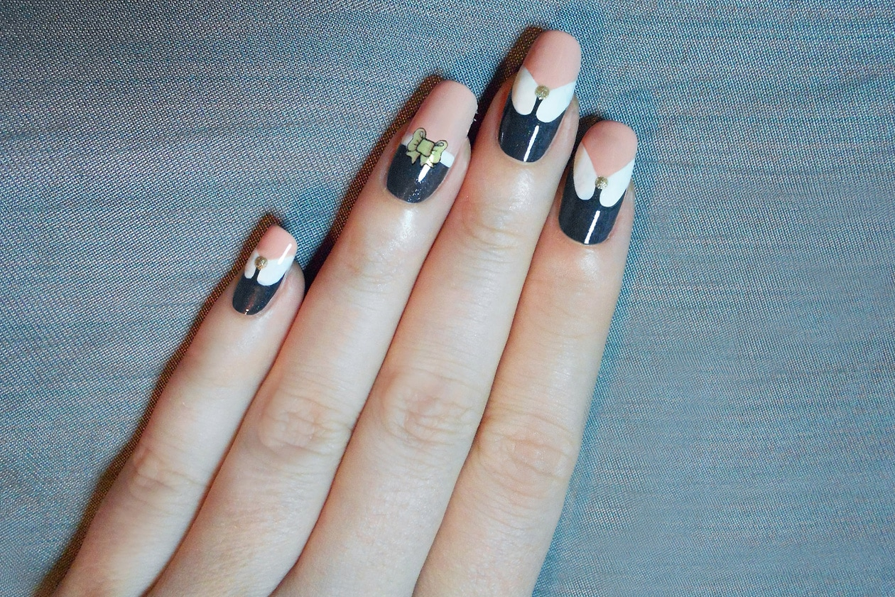 01 colore grigio nailart