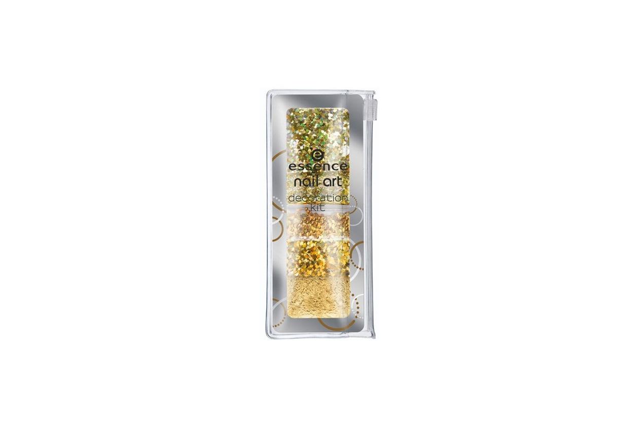 4 essence nail art decoration kit