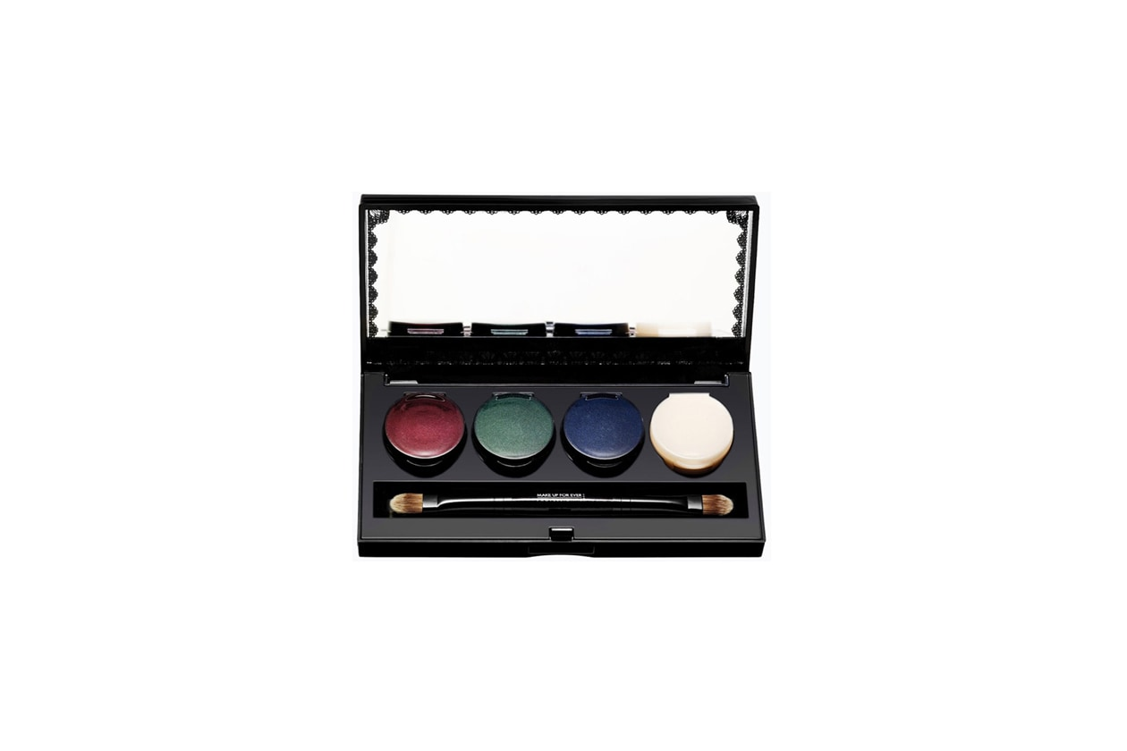 5 make up for ever Palette Black Tango