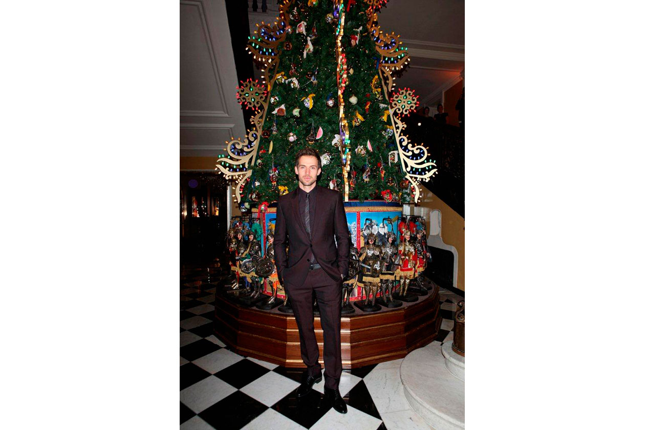 Claridge's Christmas Tree By Dolce & Gabbana ANDREW COOPER