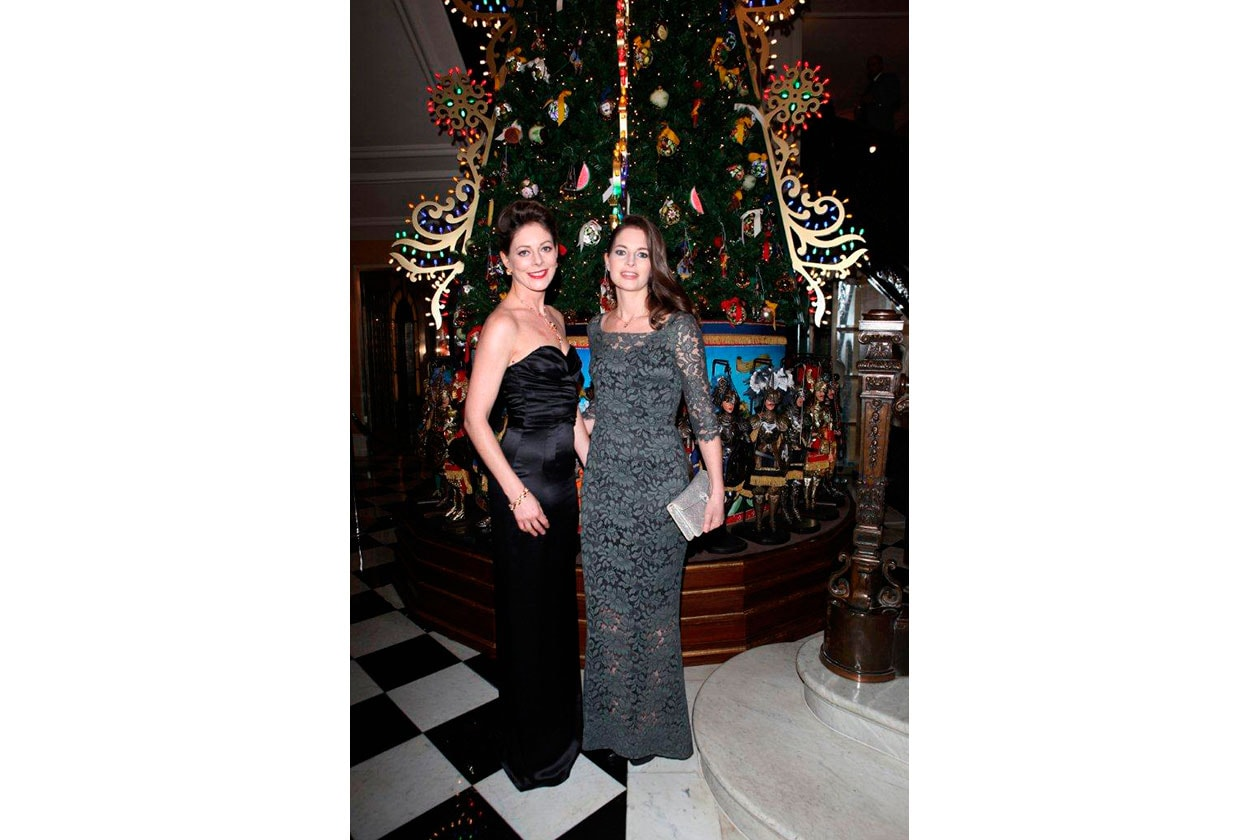 Claridge's Christmas Tree By Dolce & Gabbana Amy Gilliam and Holly Gill…