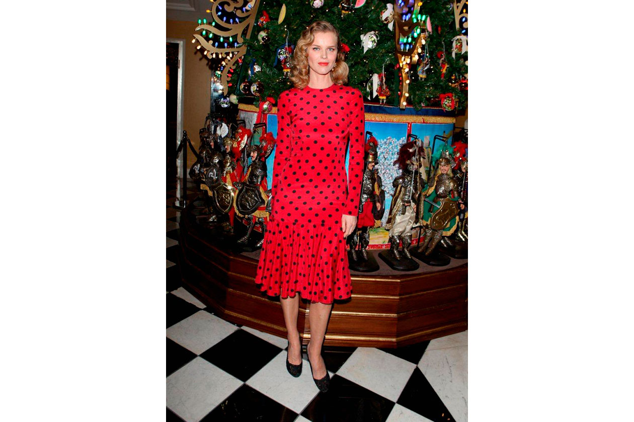 Claridge's Christmas Tree By Dolce & Gabbana EVA HERZIGOVA