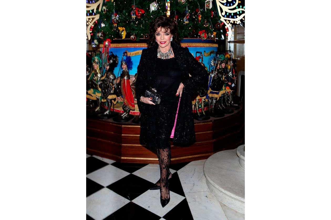 Claridge's Christmas Tree By Dolce & Gabbana JOAN COLLINS