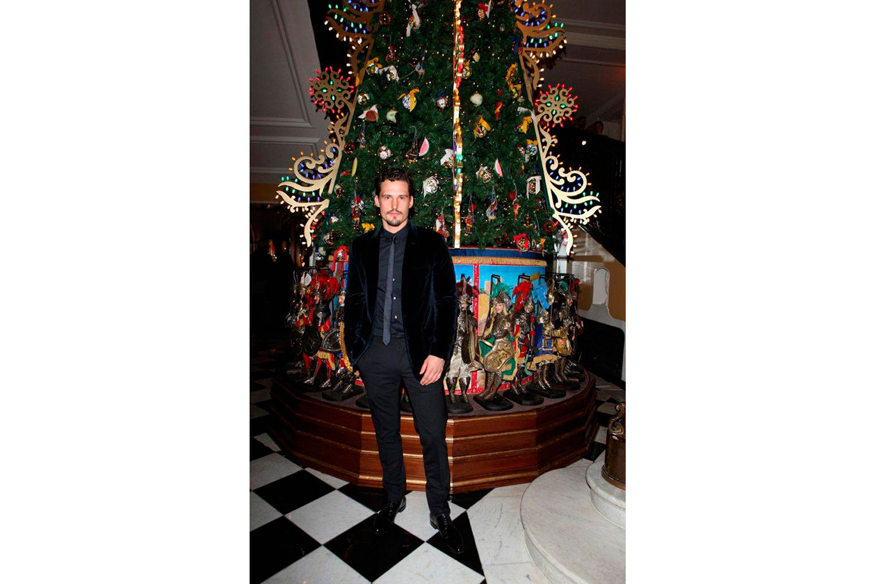 Claridge's Christmas Tree By Dolce & Gabbana SAM WEBB