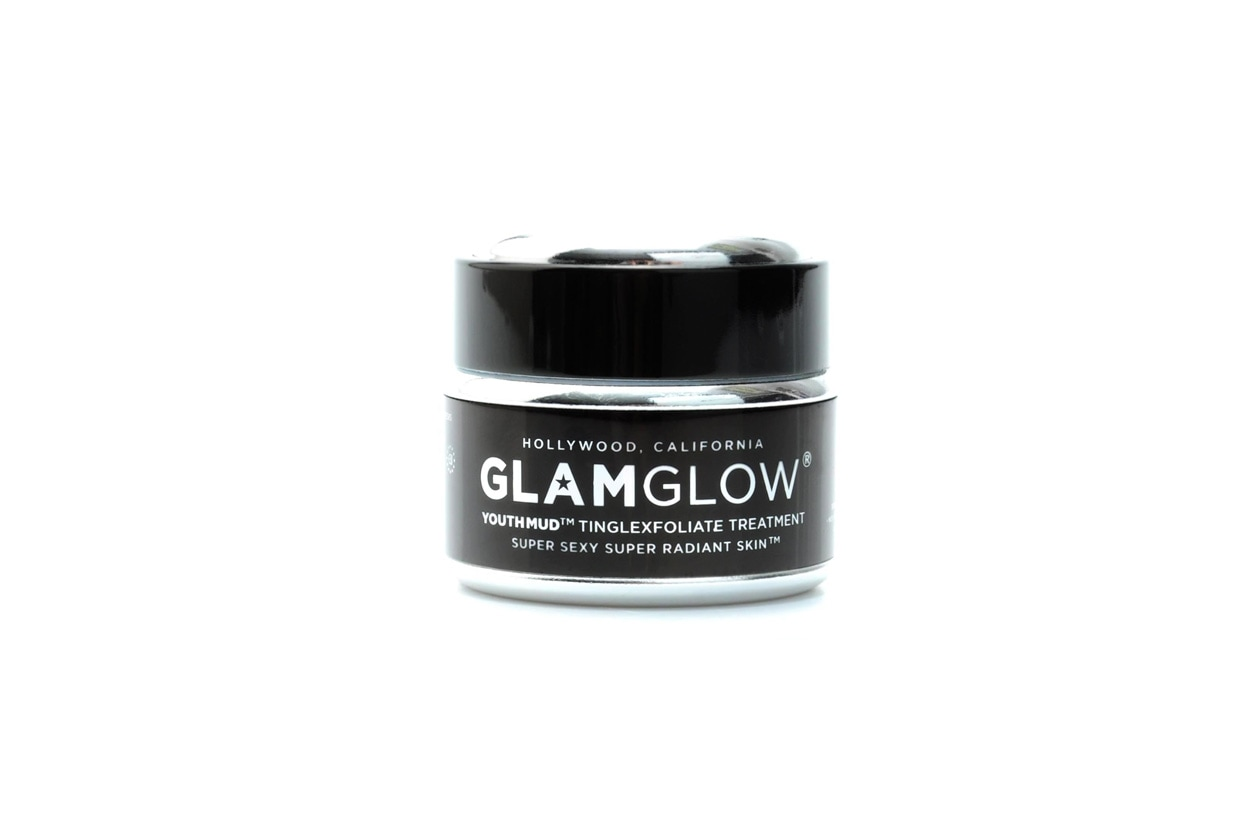 3 Glam Glow Youth Mud