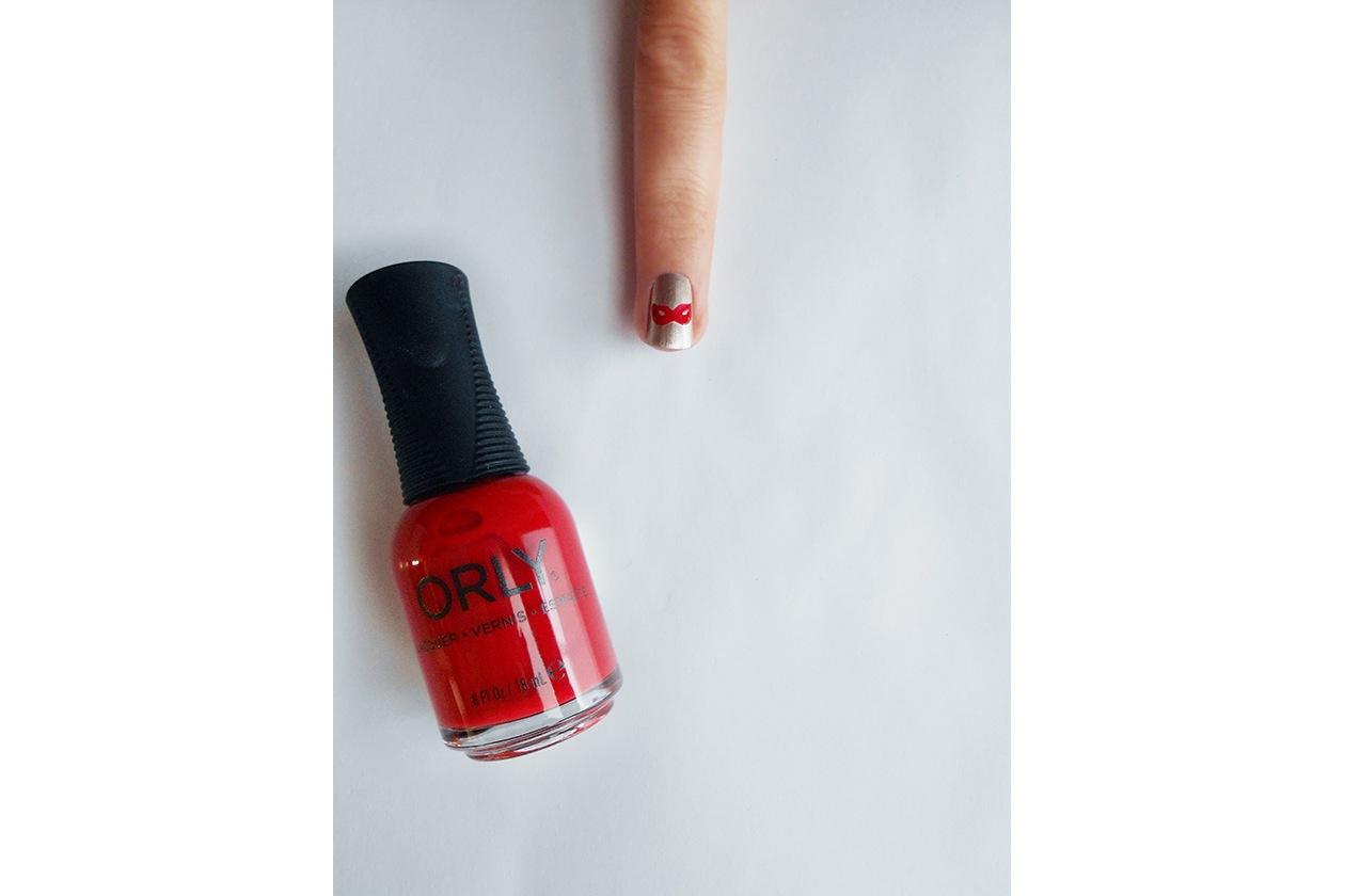 Beauty Nail tutorial Capodanno 03 step smalto