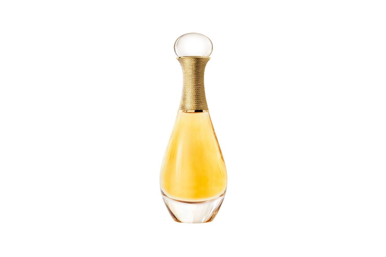 È una creazione di François Demachy che, ispirato all'iconico J'adore, ha immaginato la fragranza come un metallo prezioso