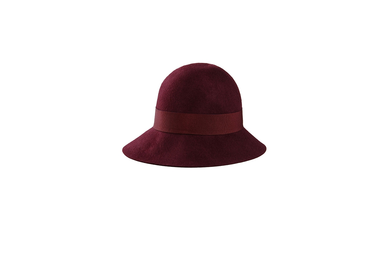 Fashion regali di Natale best friend cappello in lana stella mccartney 195 euro