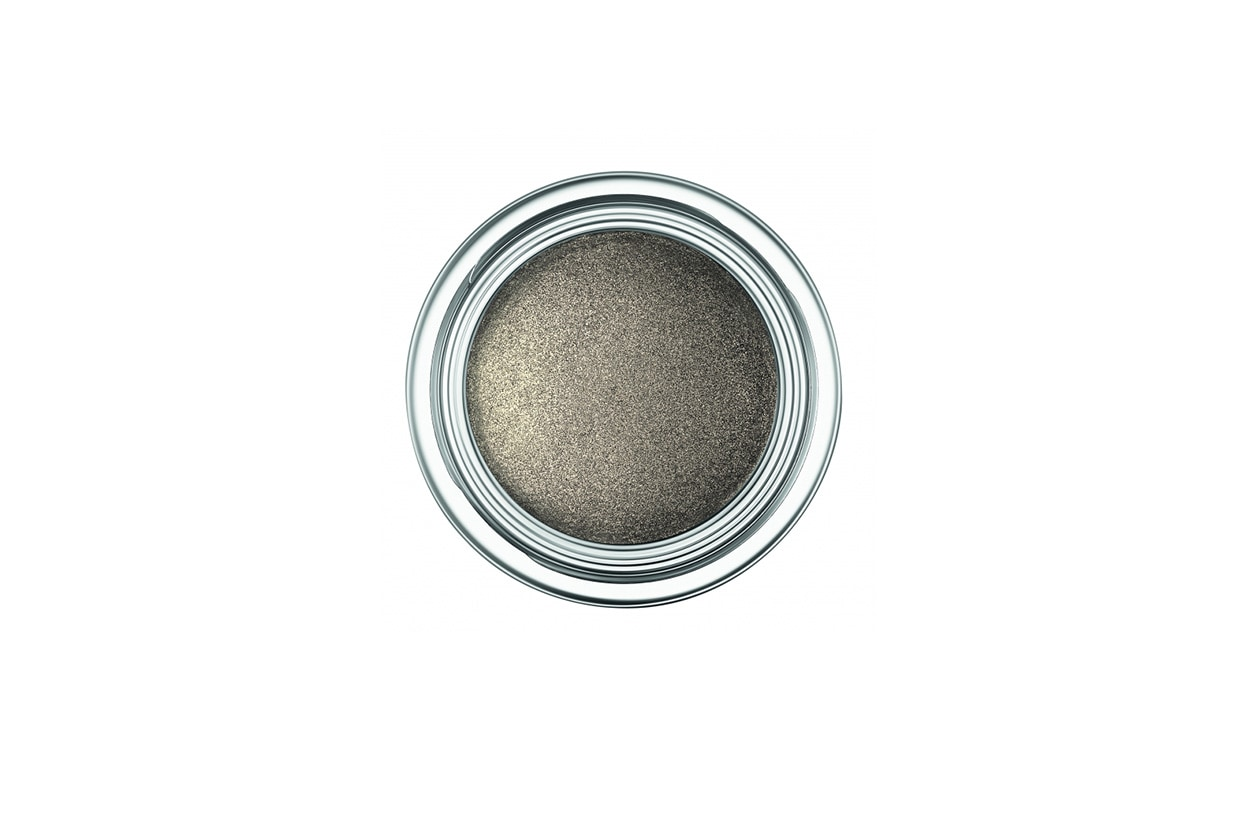Grigio lunare con l'ombretto Dior Fusion Mono Eyeshadow 381 Millennium