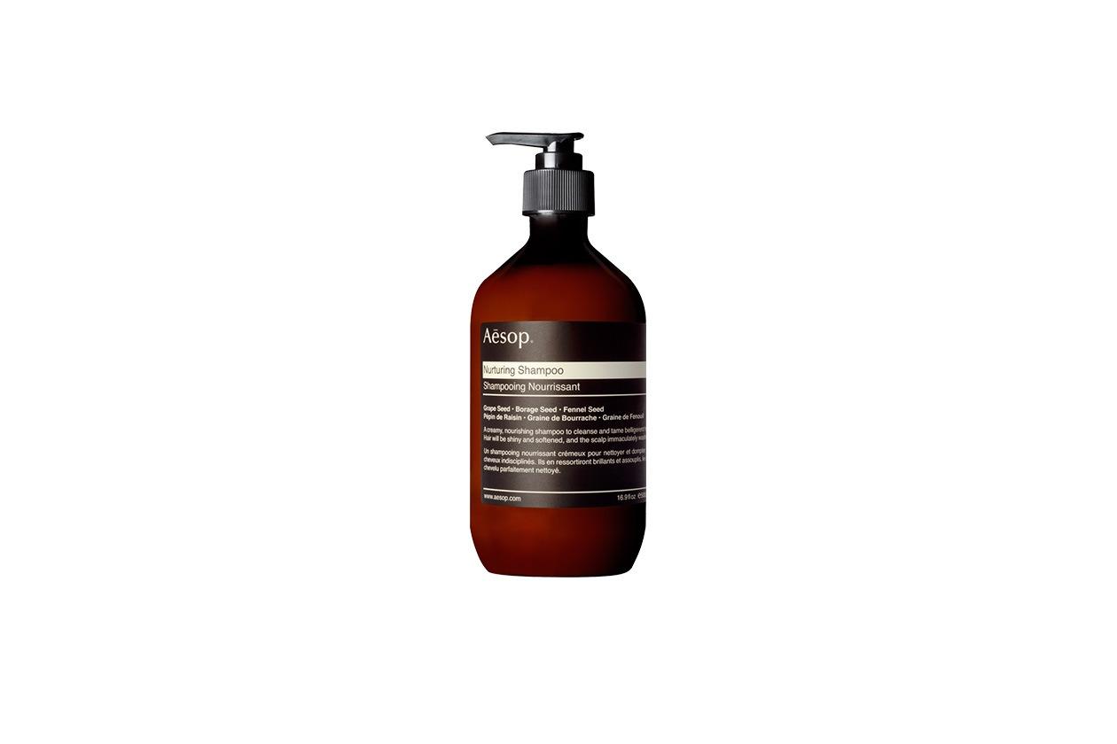 Il capello è in forma con il Nurturing Shampoo di Aesop