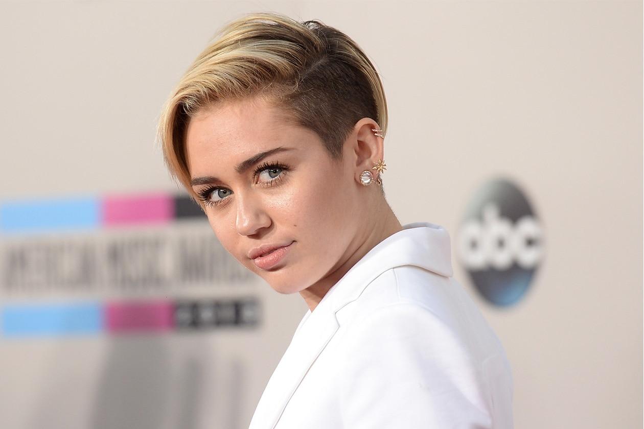 MIGLIOR DISEGNO DI SOPRACCIGLIA: Miley Cyrus