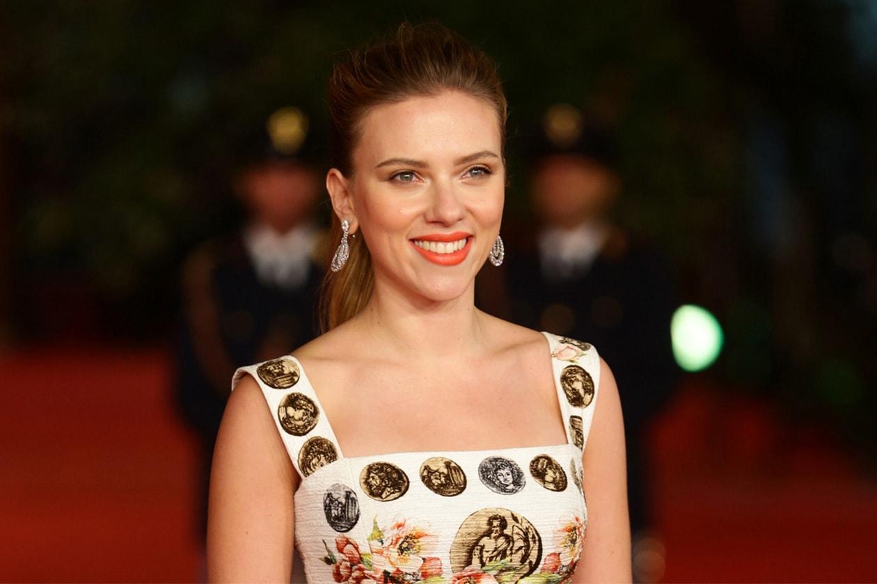 MIGLIORI ORANGE LIPS: Scarlett Johansson