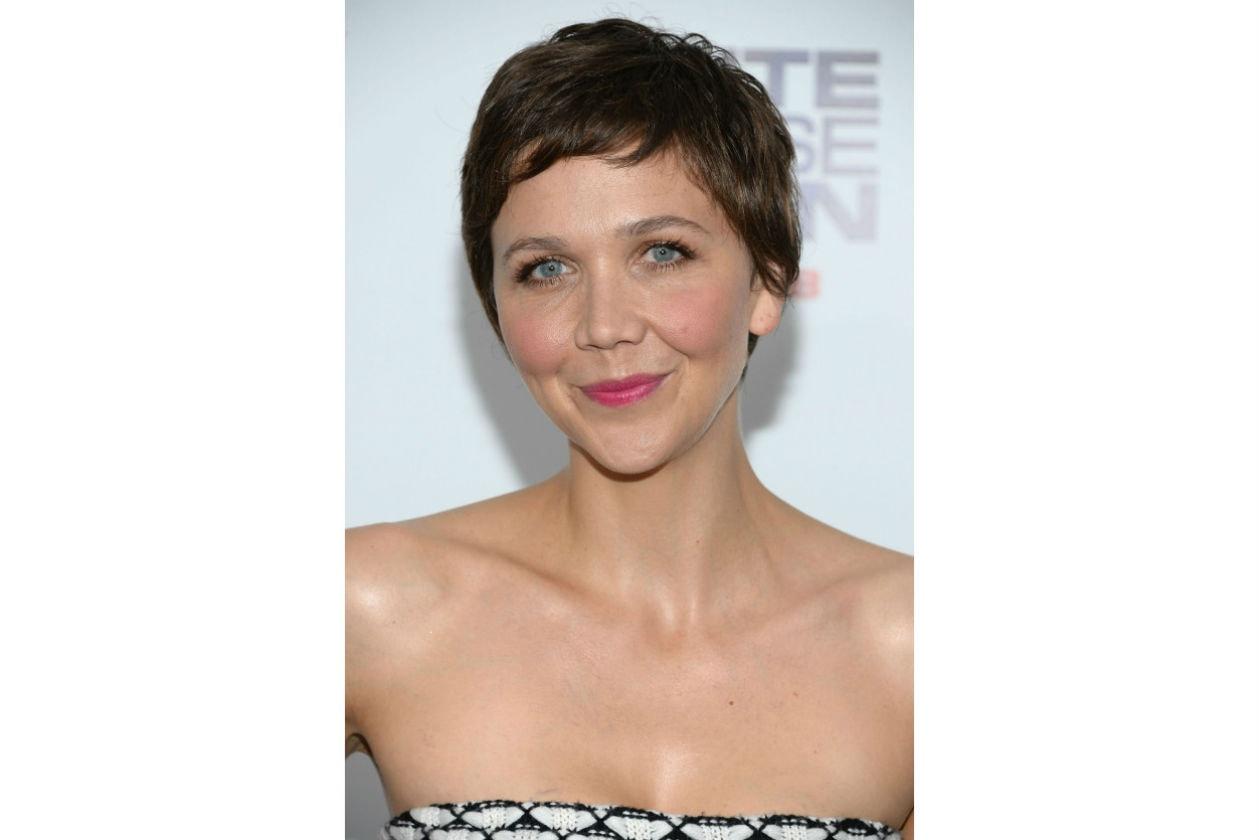 Maggie Gyllenhaal preferisce un taglio vintage
