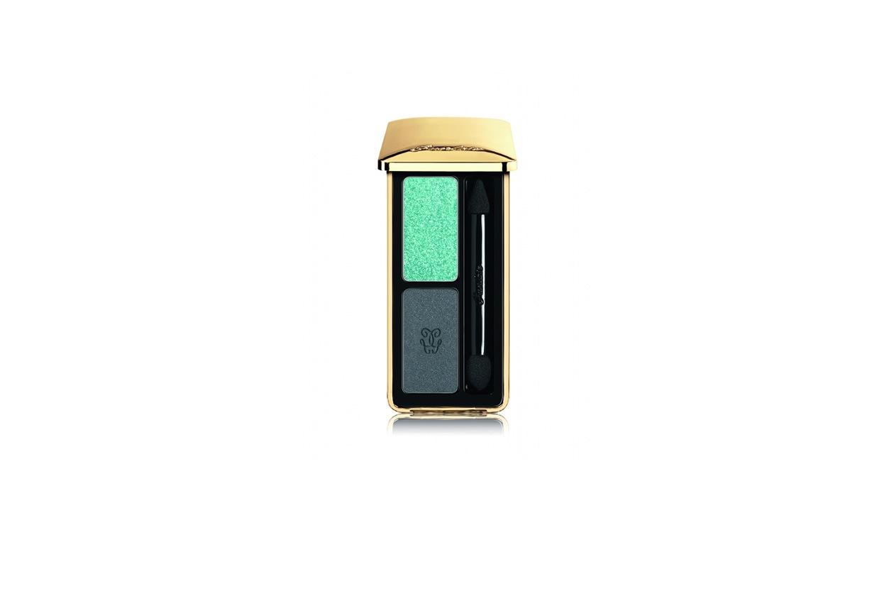 Per chi vuole un tocco di colore più deciso c'è L'Ecrin 2 Couleurs Eyeshadow 07 Two Lovely di Guerlain