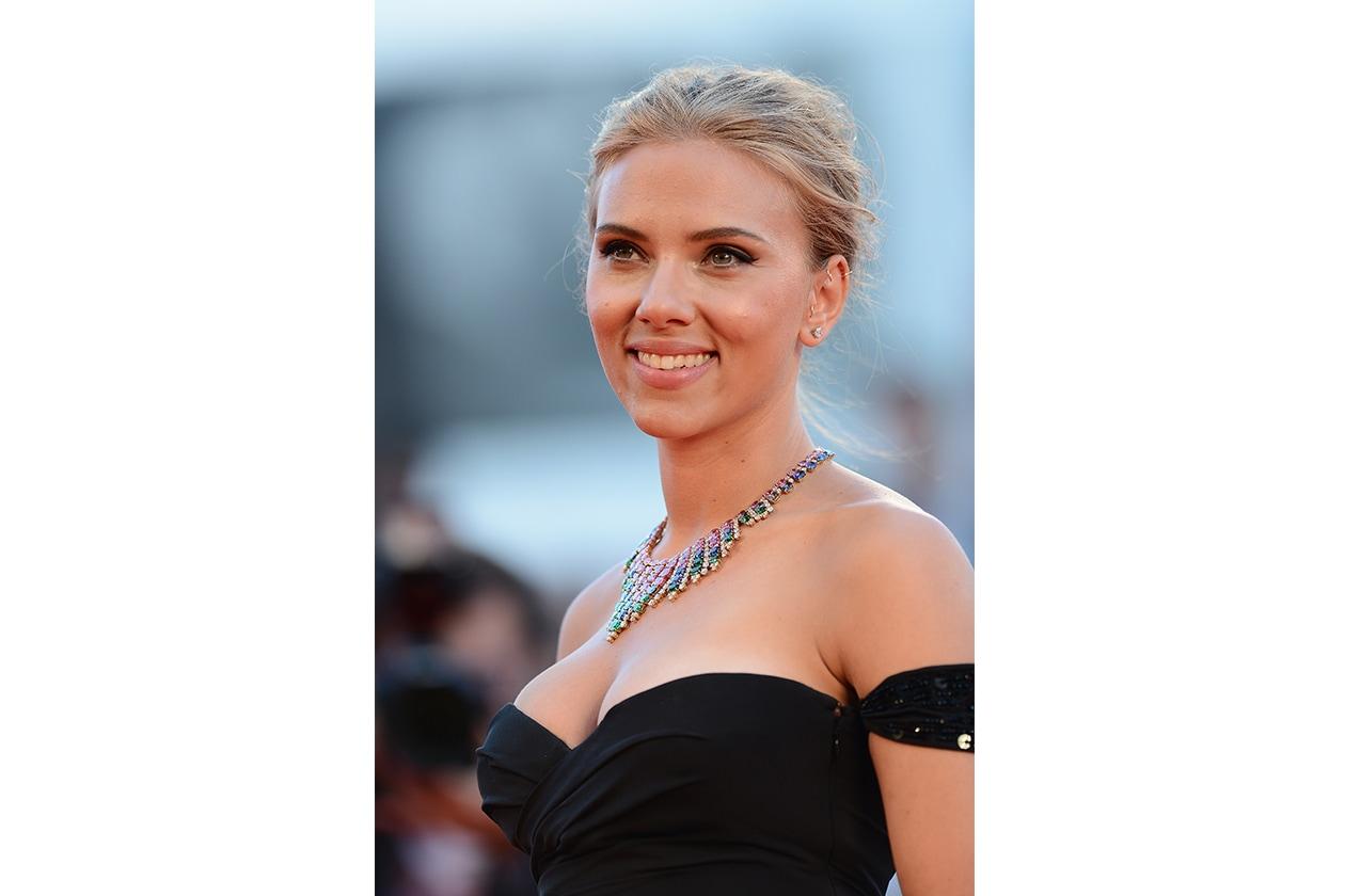 Scarlett Johansson: classico ed elegante per le grandi occasioni