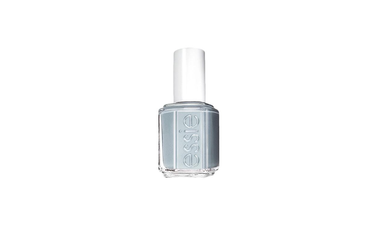 Beauty Frozen Nails parka perfect