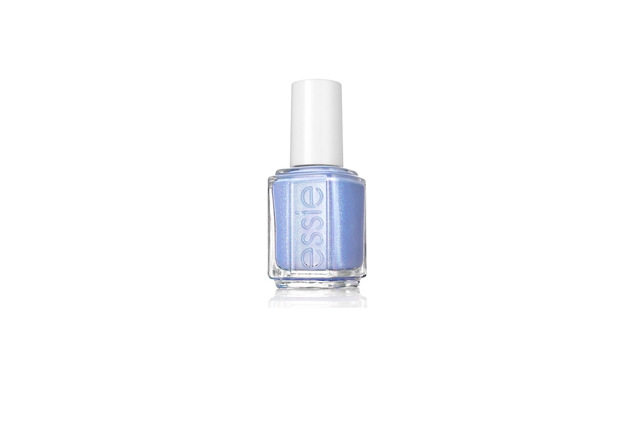 Beauty Placid Blue Manicure essie bikini so teeny